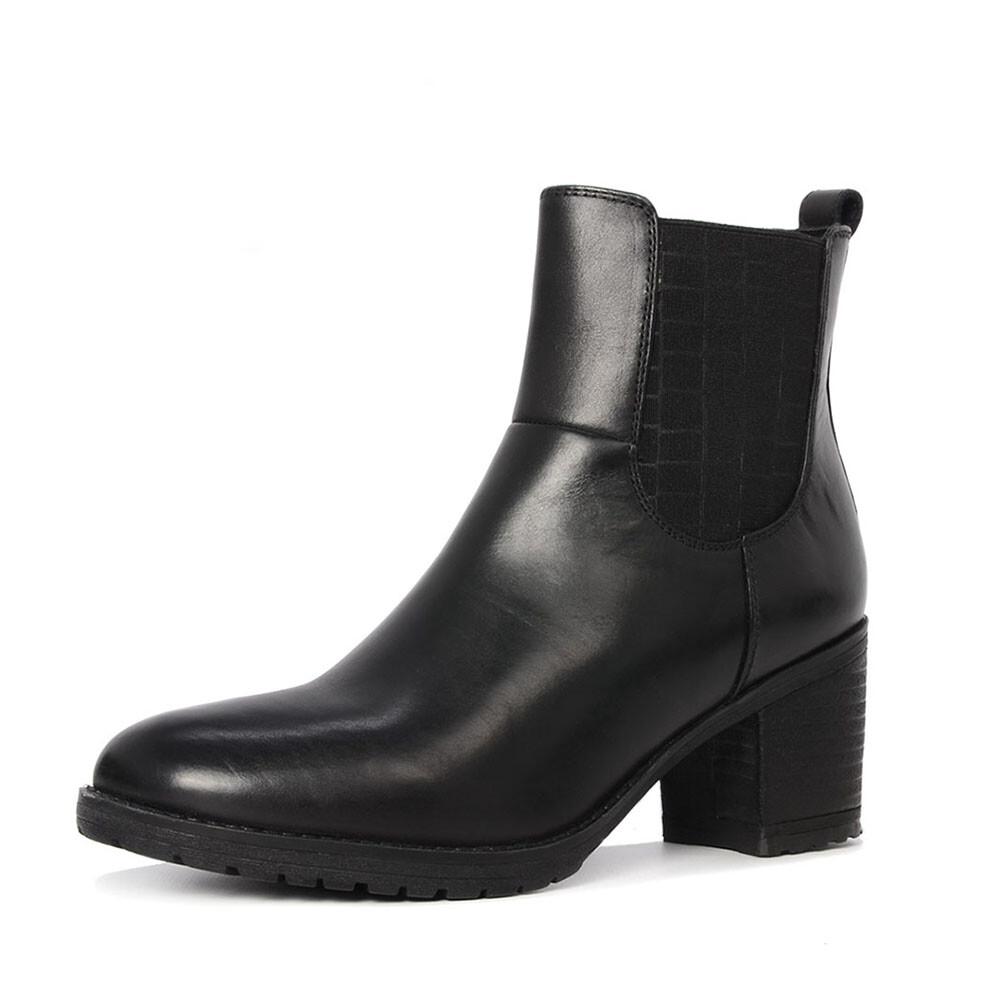 SPM 17905884 zwarte chelsea boots